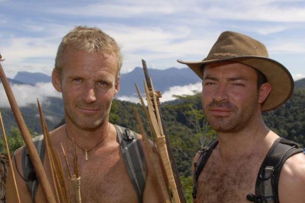 Φυλές του κόσμου - Σειρά ντοκιμαντέρ του Discovery Channel που ακολουθεί τον πρώην πεζοναύτη Μπρους Πέιρι καθώς εξερευνεί αρχαίες φυλές στα πιο απομακρυσμένα μέρη του κόσμου