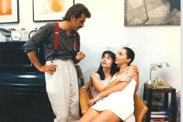 Μην φοβάσαι τη φωτιά - Ένας άντρας παγιδευμένος ανάμεσα στη γυναίκα του και την αδερφή της