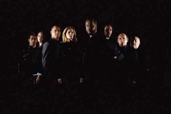 CSI : las Vegas iv - Μία επίλεκτη ομάδα αστυνομικών καλείται να λύσει τα πιο σκοτεινά εγκλήματα στην πόλη του Λας Βέγκας
