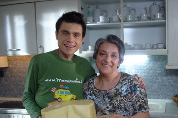 Η Κουζίνα της μαμάς - Εκπομπή μαγειρικής με άρωμα μανούλας
