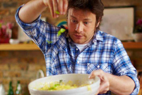 Jamie`s 30 minute meals - Ο Τζέιμι κάνει πάλι τα μαγικά του για γεύματα έτοιμα σε 30' λεπτά