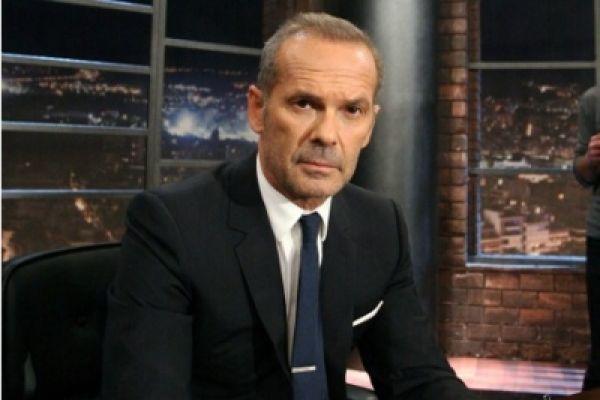 Βράδυ με τον Πέτρο Κωστόπουλο - Οι πιο hot επώνυμοι της ελληνικής showbiz περνούν από την πολυθρόνα του Πέτρου Κωστόπουλου που τους ανακρίνει με το δικό του μοναδικό στυλ