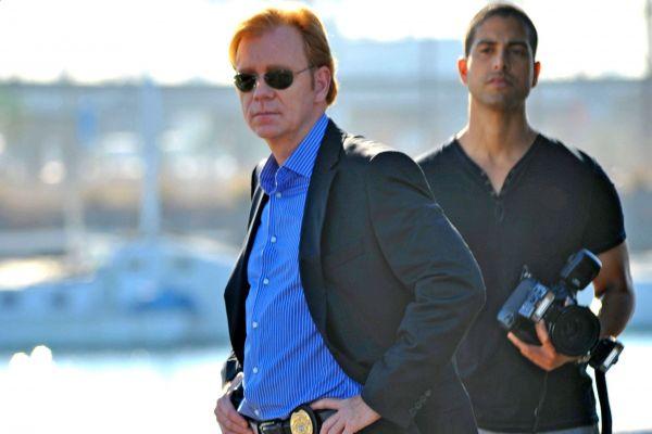 CSI: Miami ii - Μία επίλεκτη ομάδα αστυνομικών καλείται να λύσει τα πιο σκοτεινά εγκλήματα στο κοσμοπολίτικο Μαϊάμι
