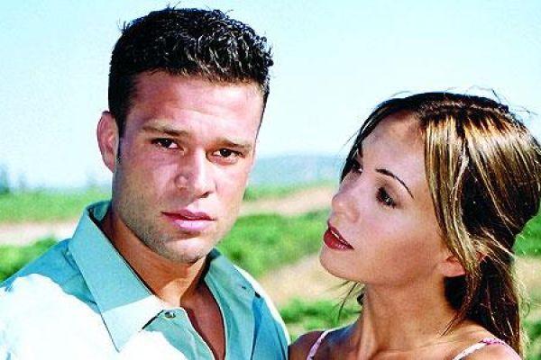 Η αγάπη ήρθε από μακριά - Ένας απαγορευμένος έρωτας γεννιέται ανάμεσα στον Ιλία από την Αλβανία και τη γυναίκα του αφεντικού του