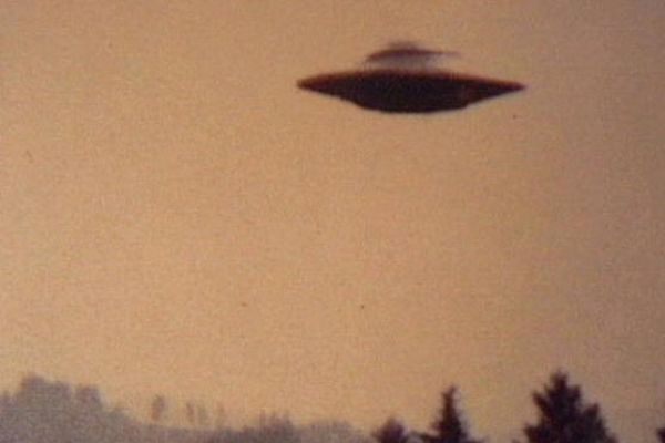 Ιπτάμενα αντικείμενα υπό ερευνά - Υπάρχουν τελικά UFO;